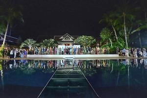 """""""ไก่ อูกัส"""" สร้างปรากฏการณ์สะเทือนเวทีแฟชั่นผ้าไทย The best collection of """"UKAS"""" for South in Hi-end Street wear Style! @Fashion Mania 2019 In Vouge Dining @Santiburi Samui"""