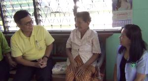 กราบแม่อุ้ยน้อย 101 ปี ร่างกายแข็งแรง-ผมดกดำ ไม่เคยเข้าโรงพยาบาล