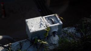 (ชมคลิป)ทำไปได้! ลักเครื่องสูบน้ำทางลอดรถไฟที่ขอนแก่น ชาวบ้านจี้ลากคอเข้าคุก
