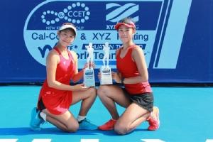 พัณณิน โควาพิทักษ์เทศ และ พัชรินทร์ ชีพชาญเดช สองนักเทนนิสไทย