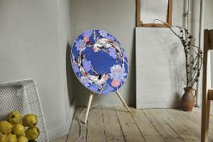 Bang & Olufsen จับมือ Pomme Chan สร้างสรรค์ลำโพงแสนเฮง
