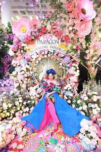 พารากอน ชวนช้อปท่ามกลางความงามหมู่มวลดอกไม้นานาพรรณ