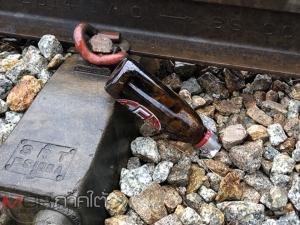 สยอง! หญิงสาวเมาขึ้นนอนพาดรางรถไฟก่อนถูกรถไฟเหยียบร่างแหลก