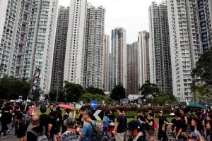 ประท้วงฮ่องกง: ชาวฮ่องกงขายบ้านทิ้ง หาเงินอพยพ