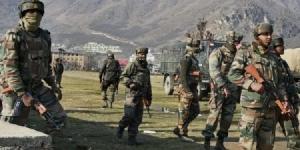 <i>กองทัพบกอินเดียจัดฝึกซ้อมการสู้รบในเขตภูเขาครั้งใหญ่ที่สุดเท่าที่เคยจัดมา ในรัฐอรุณาจัลประเทศ ซึ่งอยู่ติดพรมแดนจีน เพียง 1 สัปดาห์ก่อนหน้าการมาเยือนแดนภารตะของประธานาธิบดี สี จิ้นผิง </i>
