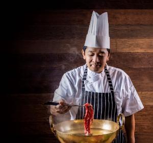 """ลิ้มลอง """"บลู ฟิน ทูน่า"""" พร้อมหลากหลายเมนูต้นตำรับ ในเทศกาลอาหารญี่ปุ่น ณ โกจิ คิทเช่น + บาร์"""