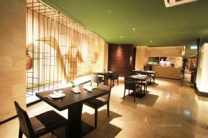 บรรยากาศภายในห้องอาหารญี่ปุ่นสึ