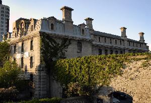 โฮสเทล HI- Ottawa Jail Hostel