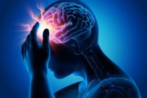 """""""หมอตี๋"""" แนะวิธีเลี่ยงความเสี่ยงโรคหลอดเลือดสมอง สังเกต FAST สัญญาณเตือน"""