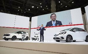 """บิ๊กฮอนด้า ทาคาฮิโระ ฮาจิโกะ  เผย วิสัยทัศน์ปี 2030  """"Honda e:TECHNOLOGY"""""""