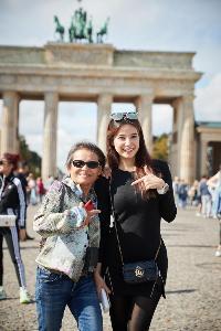 2 สาวนักวิ่งต่างวัย กับมิตรภาพระหว่างการวิ่งพิชิตฝัน BMW Berlin Marathon