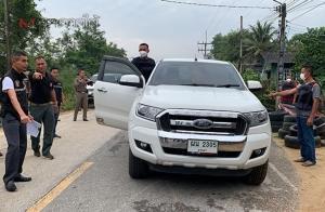 คุมตัว อส.-ทหาร 3 ผู้ต้องหายิงพ่อค้าหัวปลาทำแผนยังจุดเกิดเหตุ เตรียมนำตัวฝากขังศาล