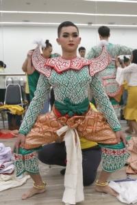 ศูนย์ศิลปะการแสดงสถาบันคึกฤทธิ์ ส่ง 200 เยาวชนไทย แสดงโขนหน้าพระที่นั่ง กรมสมเด็จพระเทพฯ