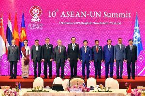 อาเซียน-จีน กระชับความร่วมมือรอบด้าน ตั้งเป้า 63 เพิ่มมูลค่าการค้า 1 ล้านล้านดอลลาร์