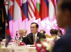 """""""ประยุทธ์"""" เตรียมต้อนรับ """"หลี่ เค่อเฉียง"""" เยือนไทย พร้อมลงนามความตกลงไทย-จีน"""