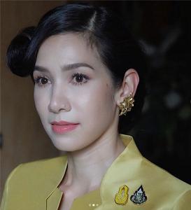 """""""นุสบา ปุณณกันต์"""" งดงามอย่างกุลสตรีไทยกับหน้าที่ ภริยา รมว.ดิจิทัลล่าสุด"""