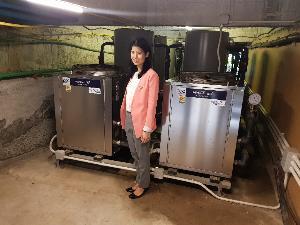 อัจฉรา ปู่มี  ภายในห้องทำน้ำร้อนด้วยระบบฮีทปั๊ม ของโรงแรมอ่าวนางปริ้นท์วิลล์ วิลล่า รีสอร์ท แอนด์ สปา