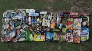 ขยะพลาสติกจากหลากหลายแบรนด์ดัง