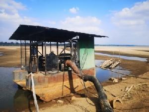 น้ำโขงนครพนมแห้งขอดชาวบ้านเดือดร้อนขาดน้ำผลิตประปา-ทำเกษตร