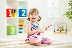 เลิกเพ่งหน้าจอ!! แนะ 5 กิจกรรมที่พ่อแม่ควรชวนลูกไปทำ ดีต่อกายและใจ ใช้เวลาร่วมกัน