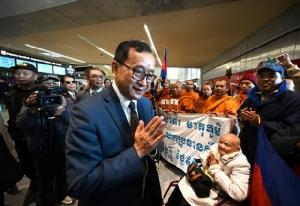 'สม รังสี'ถูกสกัดที่สนามบินปารีส ไม่ให้ขึ้น'การบินไทย'เดินทางมากทม.