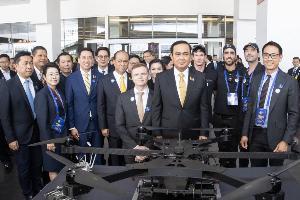 """""""โดรน"""" นวัตกรรมเทคโนโลยีที่มีบทบาทสูงต่อการพัฒนาเศรษฐกิจประเทศและส่งเสริมคุณภาพชีวิตคนไทยให้ดียิ่งขึ้น"""
