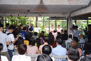 """""""วราวุธ"""" ท็อปฟอร์มรุกงานสิ่งแวดล้อม เปิดวงเสวนา """"Talk To Top Vol.1 : Go Green Together"""" รับฟังปัญหาสิ่งแวดล้อมคนกรุง-สร้างเครือข่ายพลเมือง ผลักดันไทยสู่ประเทศสีเขียว"""