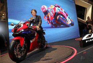 ยูซูรุ อิชิกาว่า ผู้สร้าง Honda CBR1000RR-R