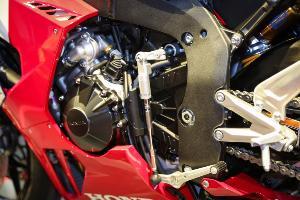 เฉลยจากผู้สร้าง Honda CBR1000RR-R รหัสต่อท้ายอ่านว่า?