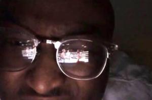 มิติใหม่ถ่ายกีฬา!! หนุ่มผิวสียิงสดคู่มวย Youtuber ผ่านแว่นตา