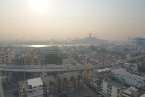 อากาศจม ลมสงบ! กทม.-ปริมณฑล ฝุ่นละออง PM 2.5 เริ่มมีผลกระทบต่อสุขภาพเกินมาตรฐาน 26 สถานี