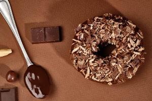 """เอาใจช็อคโกแลตเลิฟเวอร์กับ """"ช็อคโกมาเนีย โดนัท"""""""