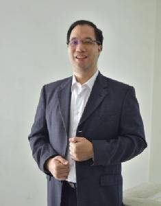 ดร.ภัทรชาติ โกมลกิติ
