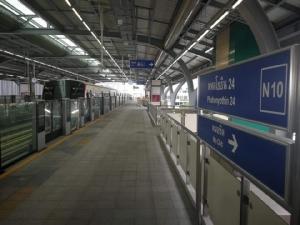 บีทีเอสวิ่งทดสอบขบวนรถใหม่จากจีน รับเปิดสีเขียวเพิ่ม 4 สถานี