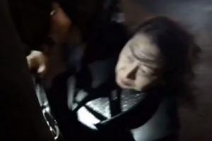 In Clip: รมว.ยุติธรรมฮ่องกงถูก 'ม็อบ' รุมทำร้ายในลอนดอน-ปู่วัย 70 เหยื่อม็อบปาอิฐ 'เสียชีวิต' แล้ว