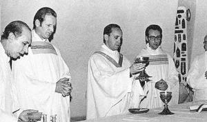 """""""พระสันตะปาปาฟรังซิส"""" ประมุขแห่งโรมันคาทอลิก เสด็จเยือนไทยในรอบ 35 ปี"""