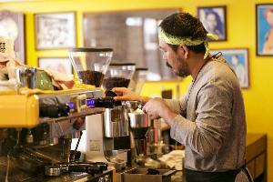 """ร้านกาแฟสายชิล ต้องที่นี่ """"โอชากาแฟ"""" ตามคอนเซปต์ของ ธนา วงษ์สุวรรณ"""