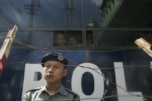 นักแสดงการละเล่นพื้นเมืองโดนโทษคุกรอบสอง ฐานล้อเลียนทหารพม่า