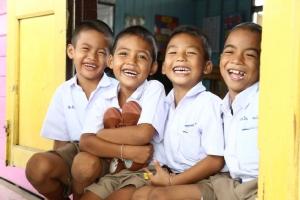 เงินอุดหนุน นร.ยากจน ช่วยเด็กกลับมาเรียนสม่ำเสมอ 98% กำชับ 300 กว่า ร.ร.ทำบัญชีป้องกันเด็กเสียสิทธิ
