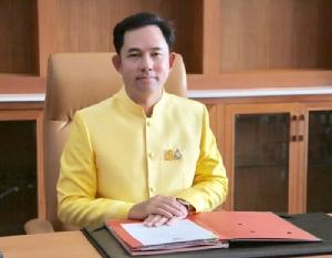 รัฐบาลมอบ รมว.วัฒนธรรม ตามเสด็จโป๊ป เตรียมกล่องลายไทยถวายเป็นที่ระลึก