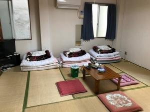 นักท่องเที่ยวไทยสนใจไหม โรงแรมแนวใหม่ในญี่ปุ่นคิดค่าเข้าพักคืนละ 28 บาท! (ชมคลิป)