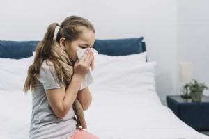 ระวังลูกป่วย! 'PM2.5 – ไวรัส' ตัวร้ายที่แฝงตัวในลมหนาว