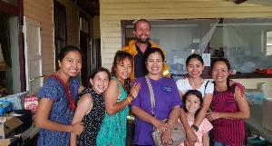 น้ำใจคนไทยไม่ทอดทิ้งกัน สาวใจดีทำอาหารแจกเจ้าหน้าที่ดับไฟป่าออสเตรเลีย