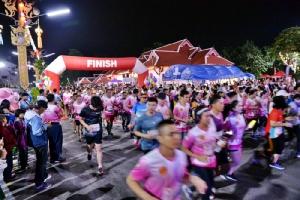 พ่อเมืองลำพูน นำนักวิ่งกว่า 1,300 คน ร่วมวิ่ง ซีพีเอฟ ตอบแทนคุณแผ่นดิน เดิน-วิ่ง ถิ่นครูบา ครั้งที่ 3