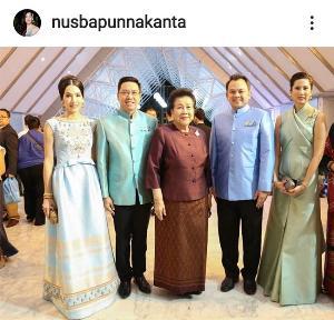 """ออกแบบเองให้ร่วมสมัย """"นุสบา"""" เผยความภูมิใจ ใส่ชุดผ้าไหมไทยอวดความปังต่อหน้าผู้นำประเทศจากอาเซียน"""