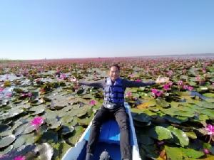 คาดนักท่องเที่ยวแห่ชมทะเลบัวแดงเพิ่ม เฉพาะปี 61 เก็บค่าลงเรือได้กว่า 8 ล้าน
