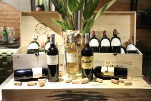 """เอ็กซ์คลูซีฟ ไวน์ ดินเนอร์ กับ """"แมซเซเนซ์"""" ไวน์ชั้นดีจากชิลี เคียงคู่อาหารรสเลิศของ """"CARNE"""" ผู้เชื่ยวชาญด้านเนื้อและเปลวไฟ"""