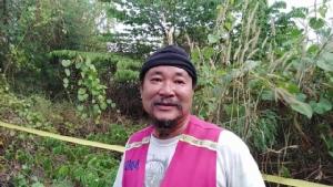 ผงะ!!พบศพคนผูกคอตายในป่ากระถิน ริมถนน อ.สามพราน