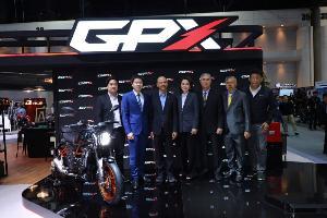 """GPX จัดเซอร์ไพรส์! ดึง """"แมทธิว"""" รับหน้าที่พิธีกร เปิดตัวรถรุ่น Special 'MAD 300 MAX'"""