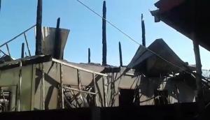 วอดอีก! เพลิงไหม้บ้านคุณยายเมืองช้างเสียหายทั้งหลัง ถึงกับเป็นลมล้มฟุบ-ทรัพย์สินสูญเกลี้ยง